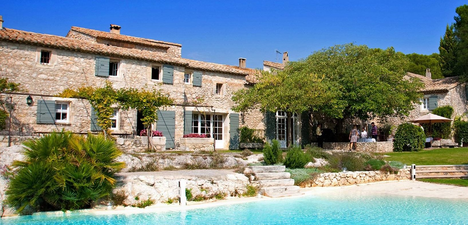 provence hotels with pools