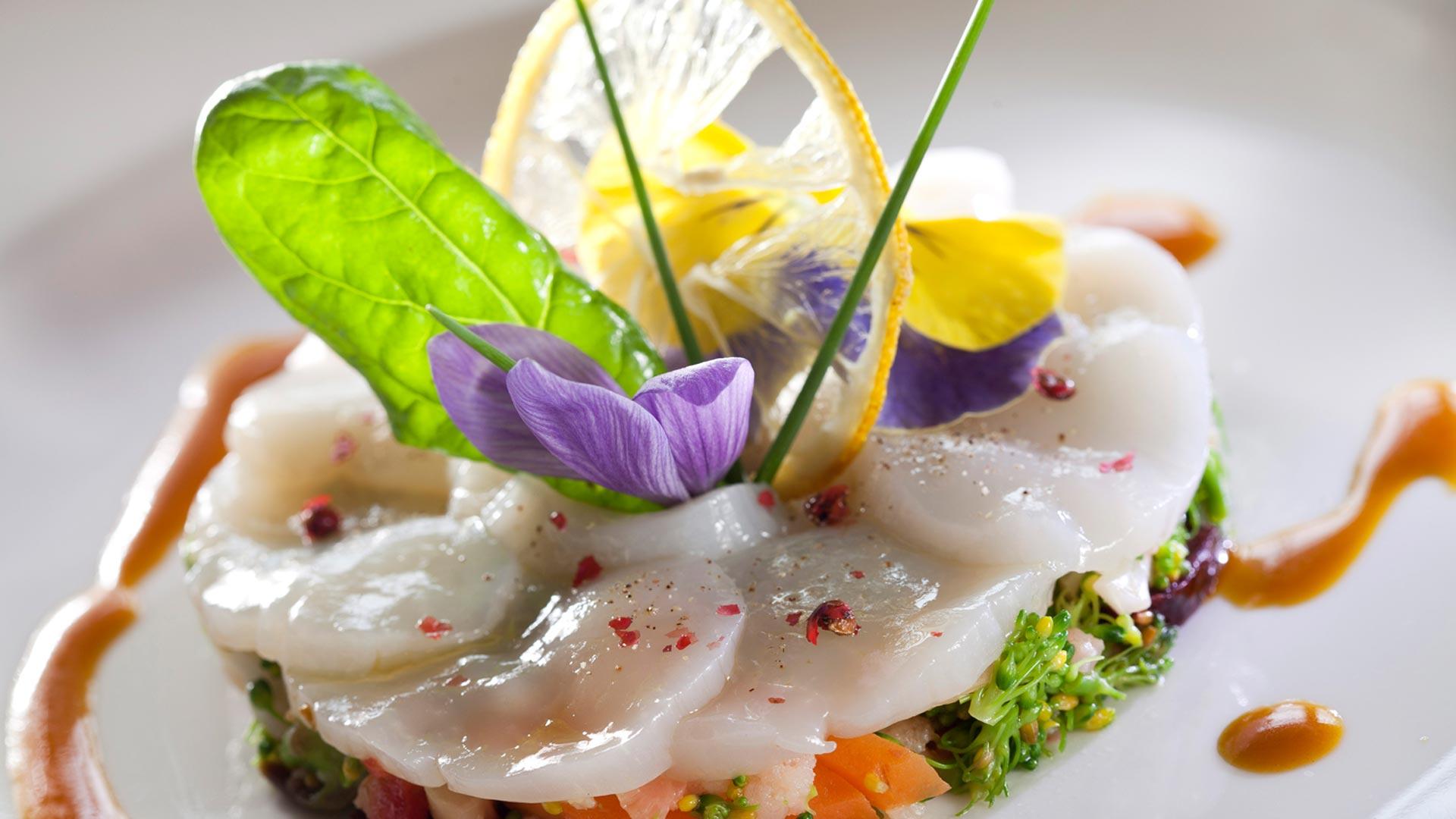 Table gastronomique provence mas de la rose - Decoration table restaurant gastronomique ...