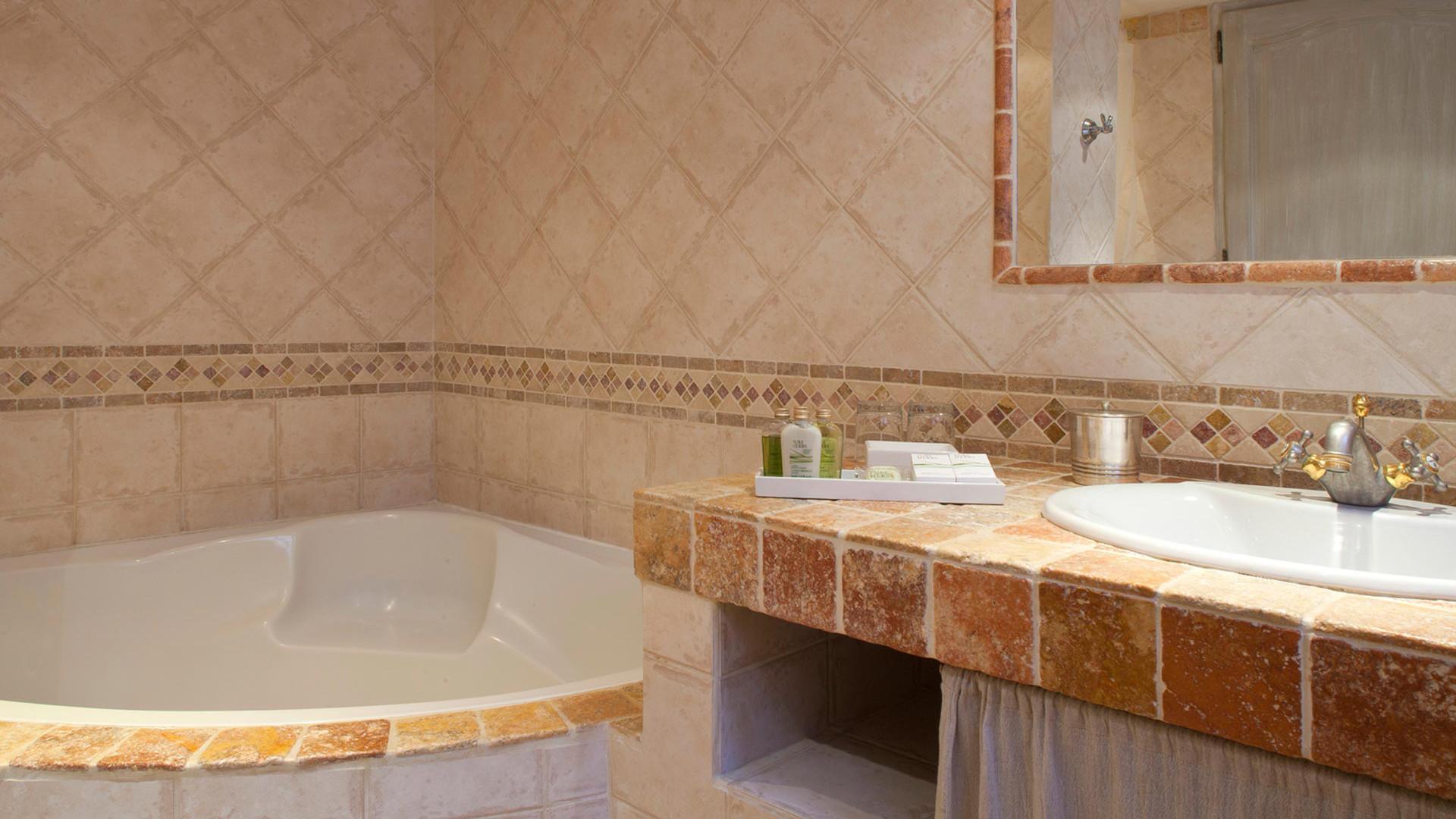 Chambres de luxe dans un Mas provençal - Mas de la Rose